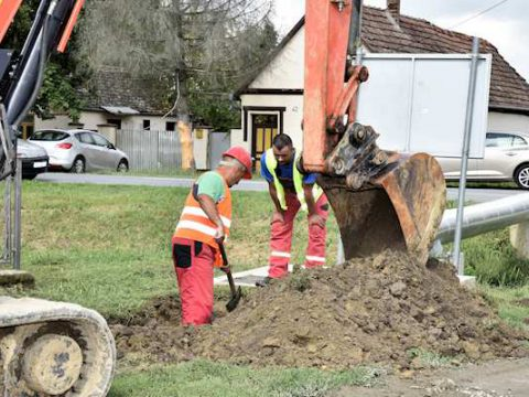 U Poganovcima počeli radovi na izgradnji sekundarnog cjevovoda vodoopskrbe